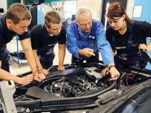 como seleccionar el taller mecánico correcto