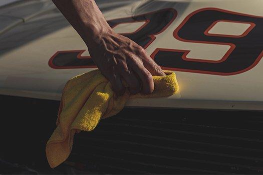 como pulir un auto